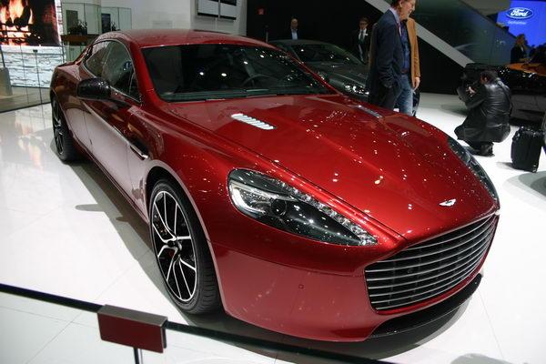 Лучшие новинки автосалона в Женеве 2013