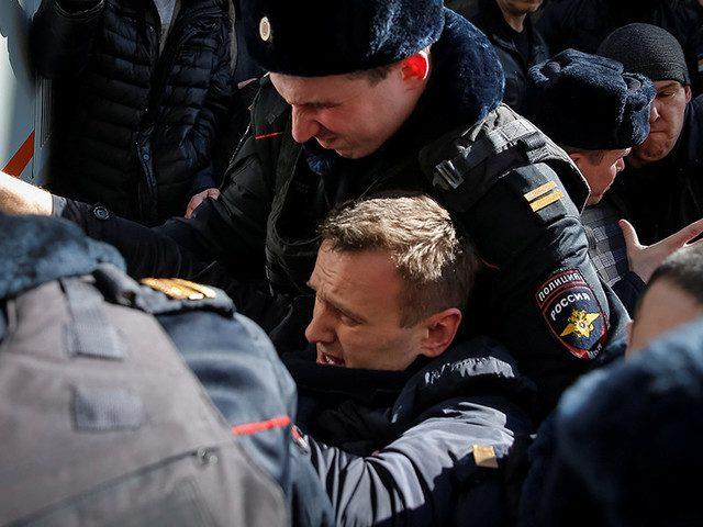 Навального и активистов анти…