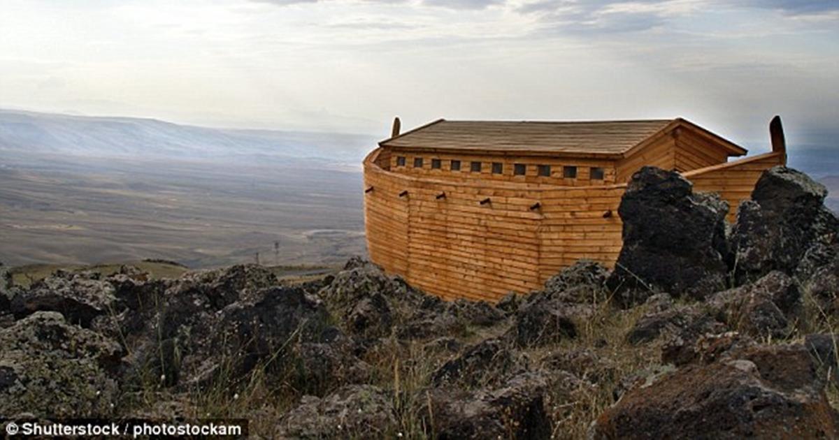 На горе Арарат нашли останки деревянного корабля возрастом 5000 лет. Кажется, это Ноев ковчег!