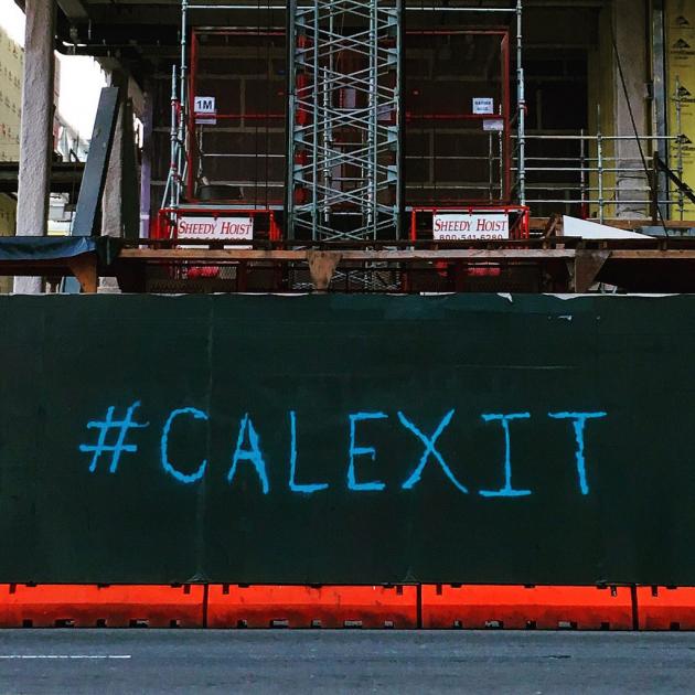 Calexit: УкроСМИ увидели «след Путина» в развале США