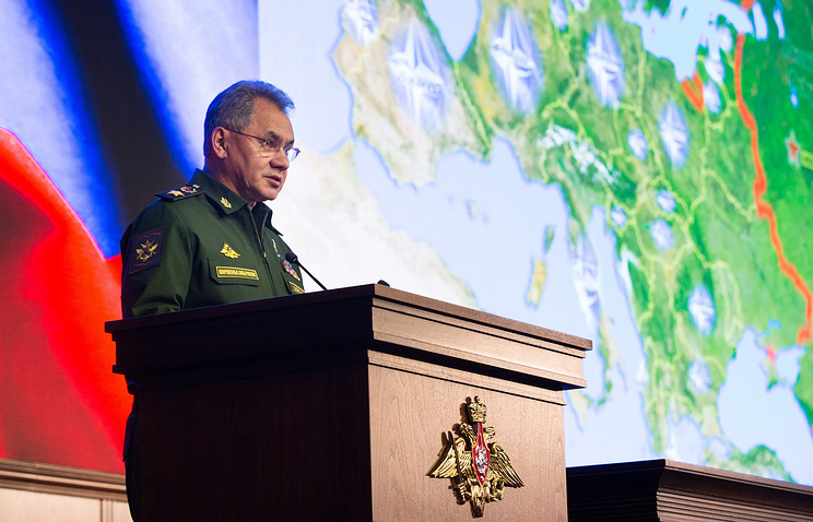 Шойгу: войска на юге РФ нужно укреплять из-за ситуации на Украине и Северном Кавказе