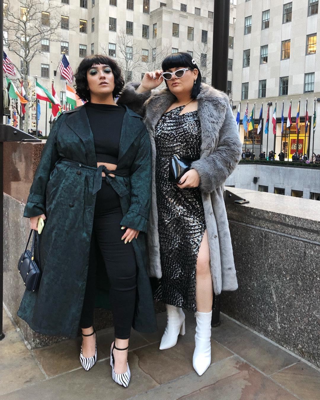 Модные тенденции осени 2019 для полных женщин фото 11