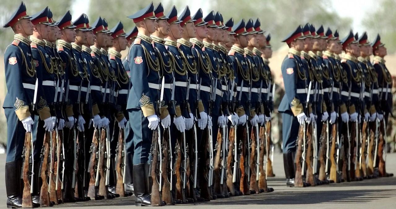 Казахстан отметил День Победы рекордным военным парадом в Астане