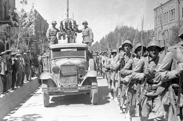 Тегеран-41. Как войска СССР сорвали планы Гитлера в Иране (3 статьи)