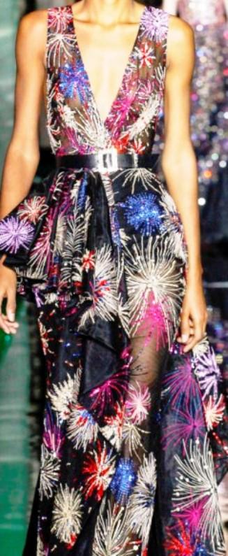 Неделя моды в Париже.  Zuhair Murad весна-лето 2017 —  фейерверк шикарных нарядов
