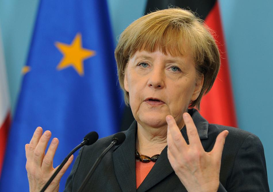 Меркель: Германии нужно пересмотреть свои отношения с Россией и НАТО