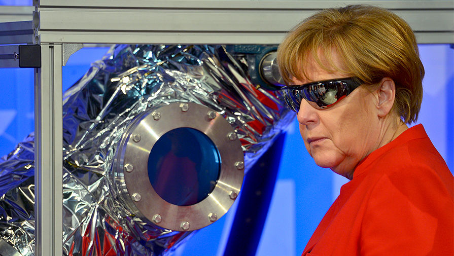 Меркель начинает битву за Москву
