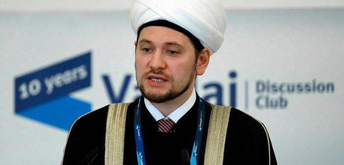 Допускать исламских богословов к работе в школах и ВУЗах?