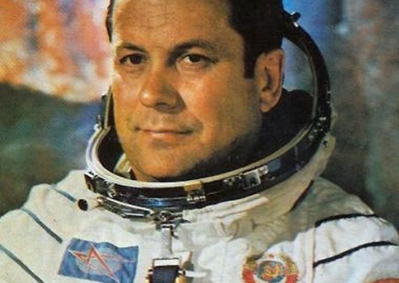 Патриоты уверяют, что космонавт Павел Попович обучал инопланетян украинскому языку в космосе