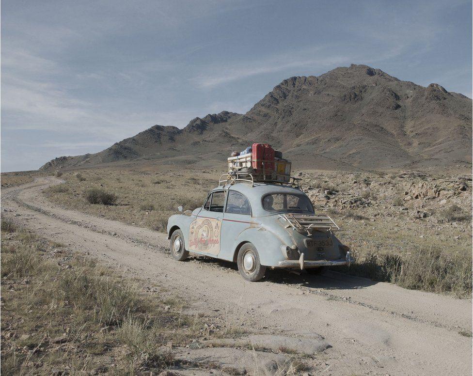 Шотландец доехал до России на автомобиле 1972 года