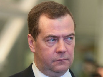 Медведев заявил, что российская экономика вошла в фазу роста