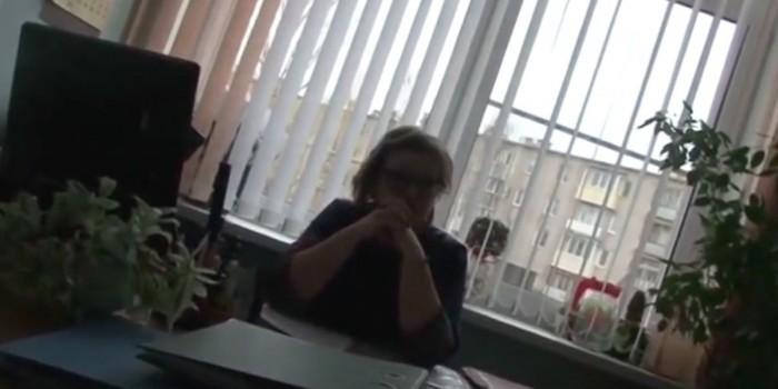 """""""Против закона не попру"""": В Торжке заведующая детсада потребовала откат за детский фотоальбом"""