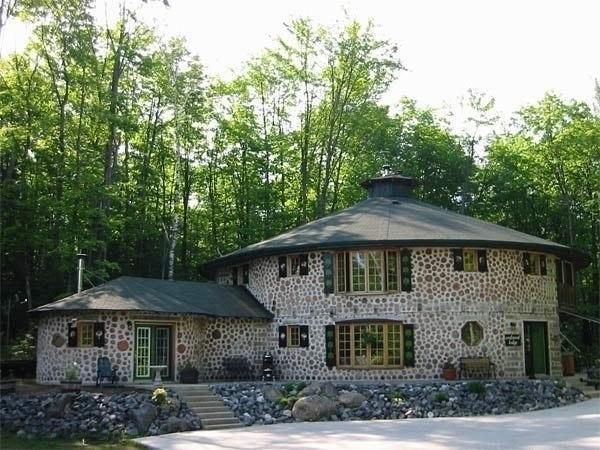 Эко строительство: дом из дров (на заметку)
