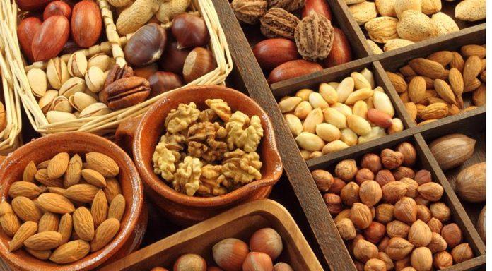 Картинки по запроÑу Почему так важно замачивать орехи и Ñемечки перед употреблением?