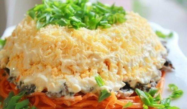 Самый вкусный салат с корейской морковкой