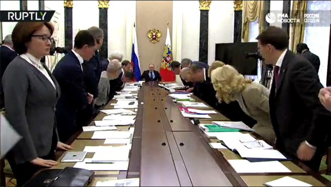 """""""Грипп"""" или слив Дмитрия Медведева и почему-то Росгвардия впервые поднята по тревоге."""