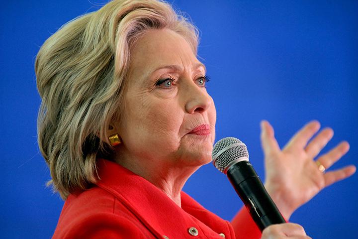США нападут на Россию, если Хиллари проиграет выборы?