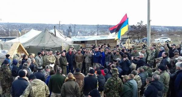 Второй этап: украинские националисты начинают «кошмарить» российский бизнес