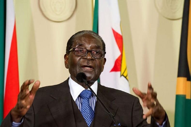 94-летний Роберт Мугабе наме…