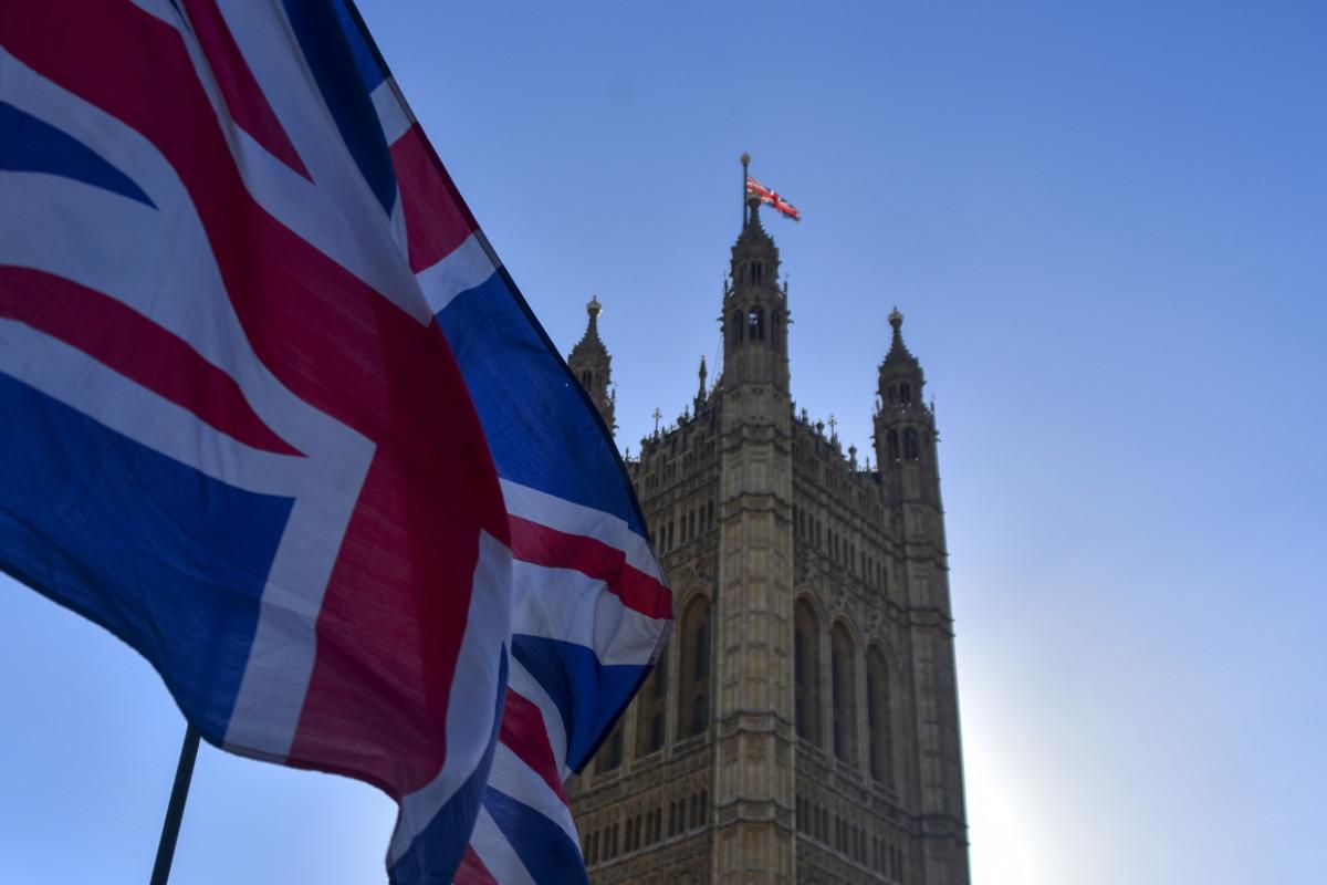 """Лондон """"переключает внимание"""": Великобритания выбрала """"удачный момент"""" для нового вброса против России"""