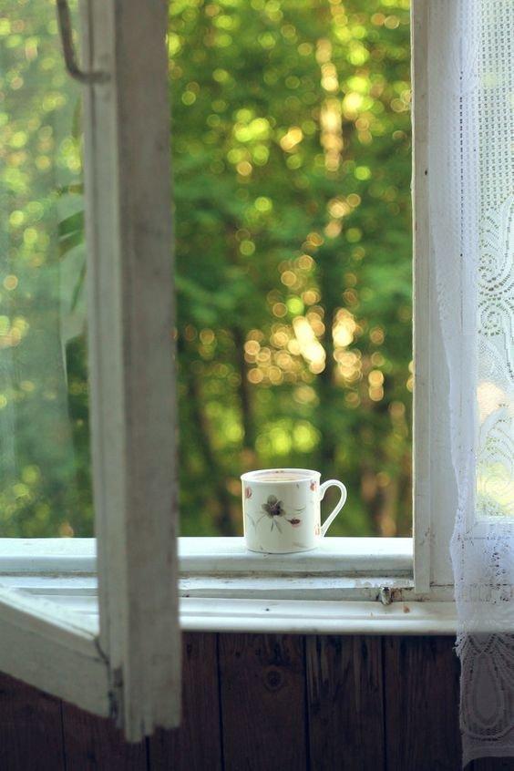 Как избавиться от негативной энергии дома: 9 полезных советов