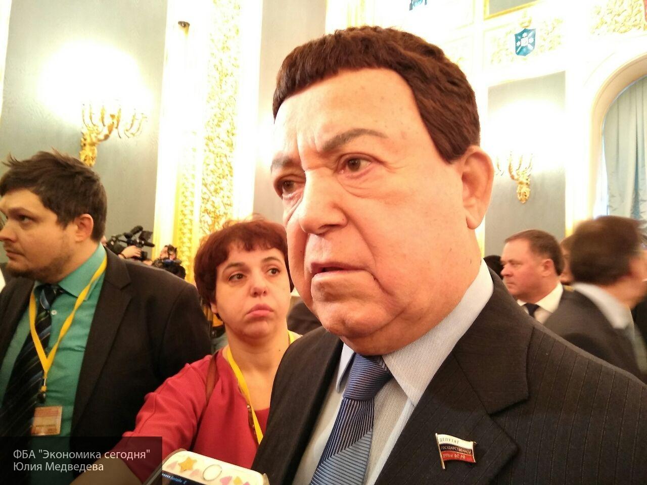 Кобзон назвал запрет Украины на въезд российских артистов мракобесием