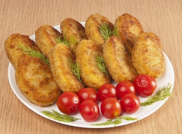 Картофельные котлеты с рисом и грибами - замечательное постное блюдо