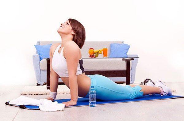 3 несложных упражнения для позвоночника