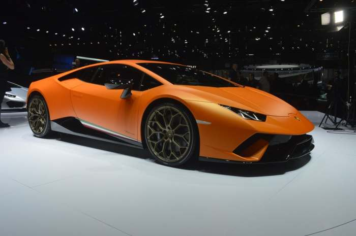 Новый суперкар Lamborghini стал самым быстрым в мире серийным автомобилем