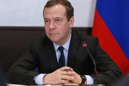 Медведев поручил проработать вопрос скидок в «Платоне» в увязке с пробегом
