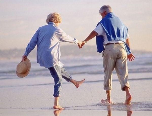 Названы 4 главных фактора долголетия