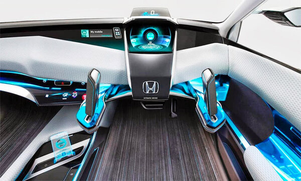 Приборная панель автомобиля как объект творчества