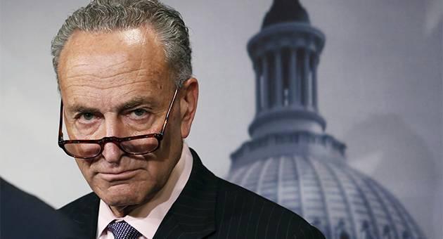 Сенат США собрался запретить Трампу самостоятельно отменять антироссийские санкции