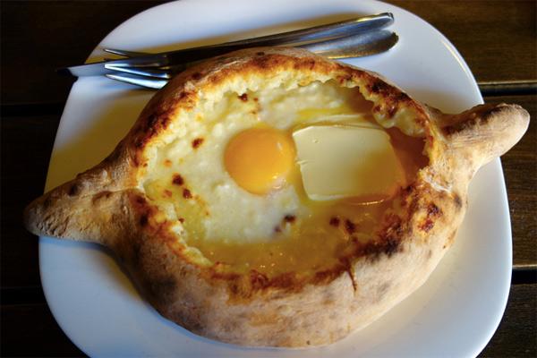 8 способов превратить сыр в полноценное блюдо
