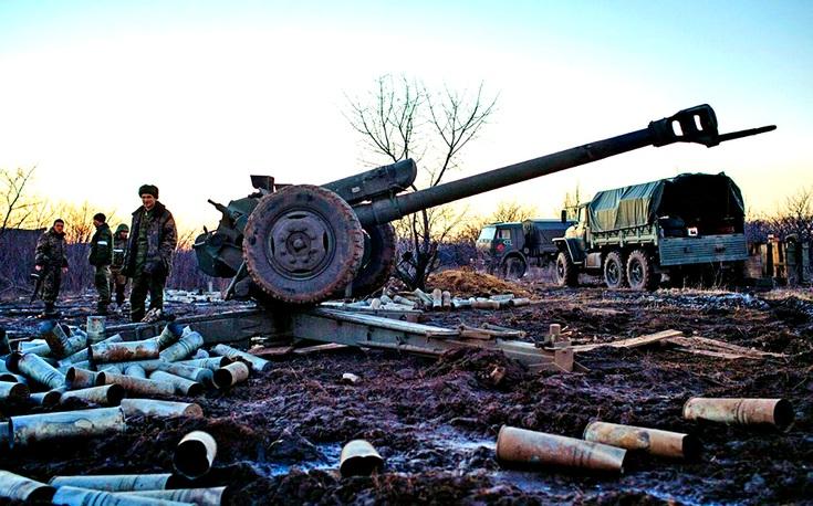 Артиллерия ДНР разнесла в щепки радиоцентр украинской армии