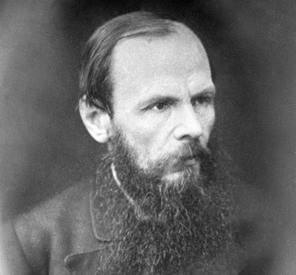 Как жена Достоевского боролась с его страстью к рулетке и пережила смерть детей