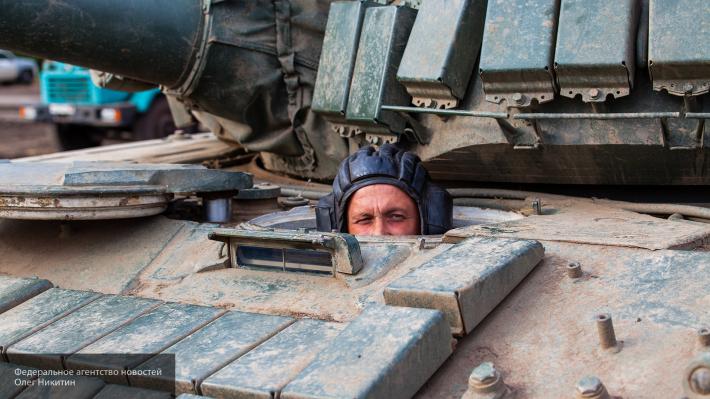 Не имея аналогов: Минобороны РФ получило «мирный танк» на базе Т-72 и Т-80