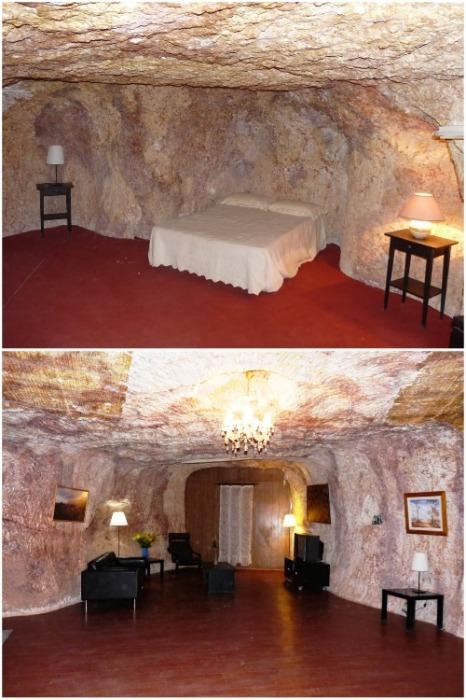 Некоторые владельцы домов оставили стены и потолки в первозданном виде (Кубер-Педи, Австралия). | Фото: idoorway.mirtesen.ru.