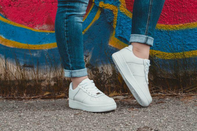 Как выбрать модную обувь на …