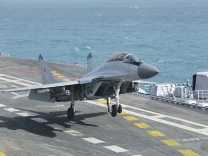 Морские летчики готовятся к полетам в Сирии