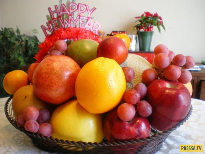 Новогодние традиции и ритуалы разных стран для привлечения счастья (8 фото)