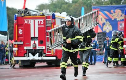 В Лужниках прошли соревнования по боевому развертыванию
