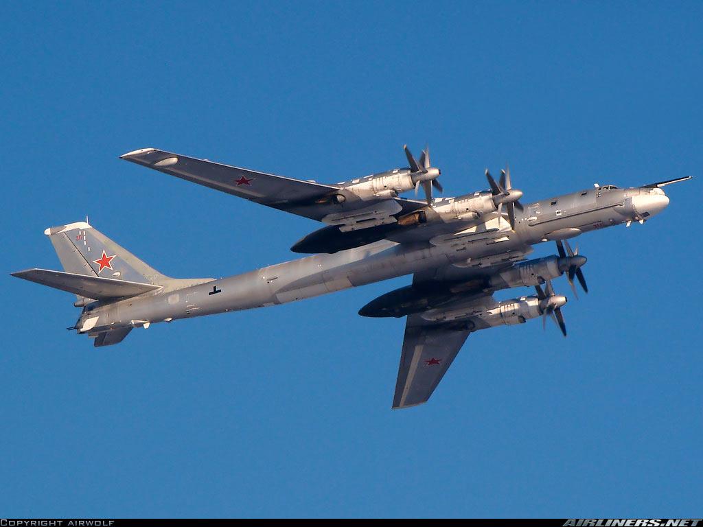 Самолеты дальней авиации РФ покинули точки базирования по всей стране