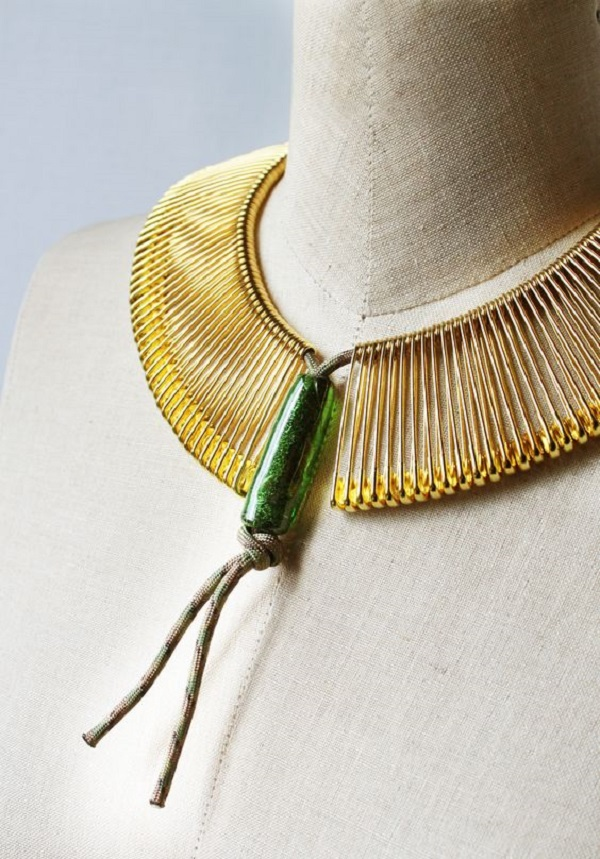 украшения из бисера на шею
