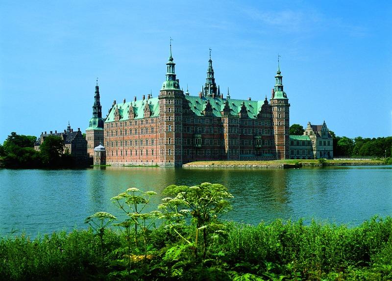 МИР ВОКРУГ. Великолепный Замок в Дании