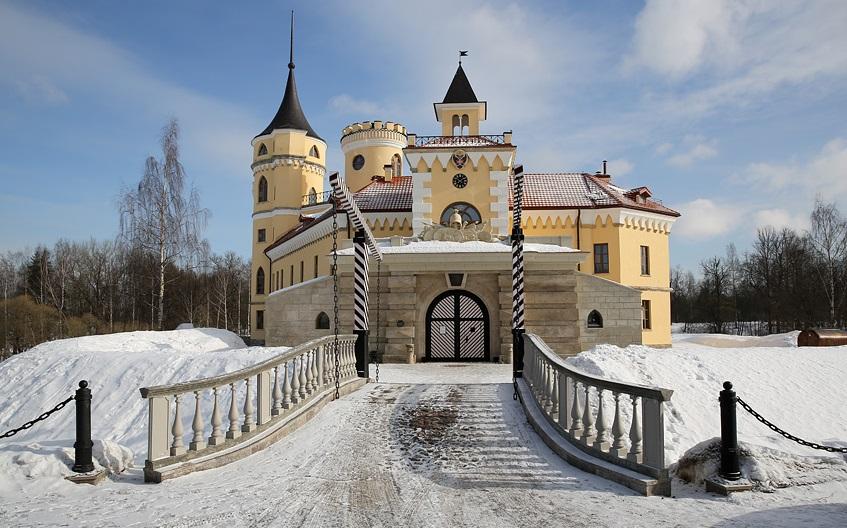 8 оригинальных отелей России