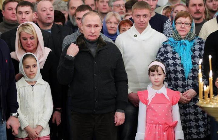 Путин сказал новгородским рыбакам, что 2017 год будет лучше 2016