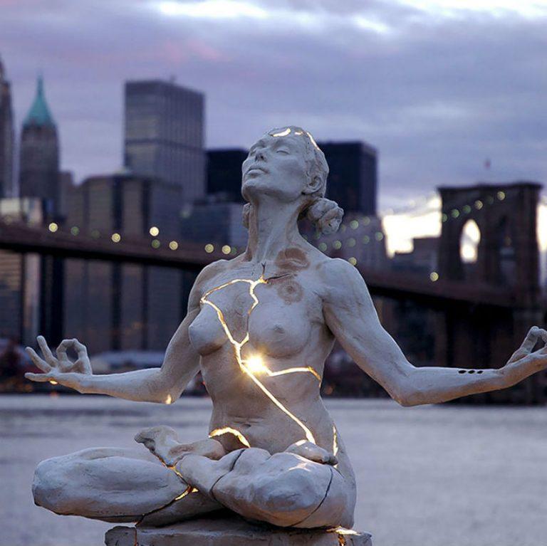 Потрясающие скульптуры