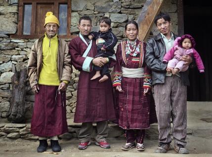 Многомужество в Непале, или Кого непальские дети называют папой