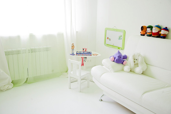 Белый цвет в интерьере детской комнаты
